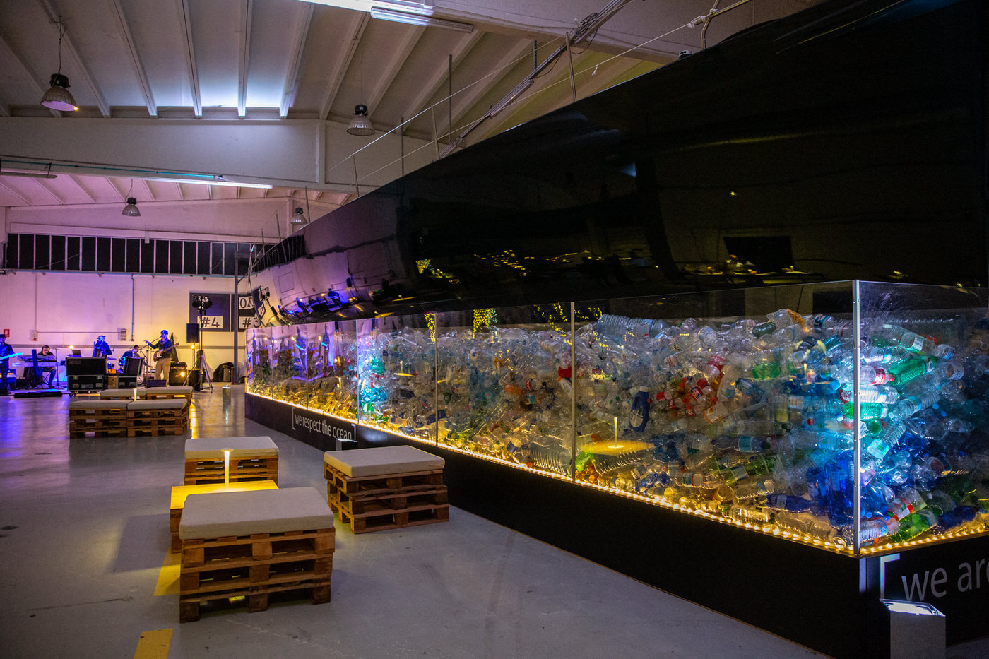 installazione we respect the ocean 10