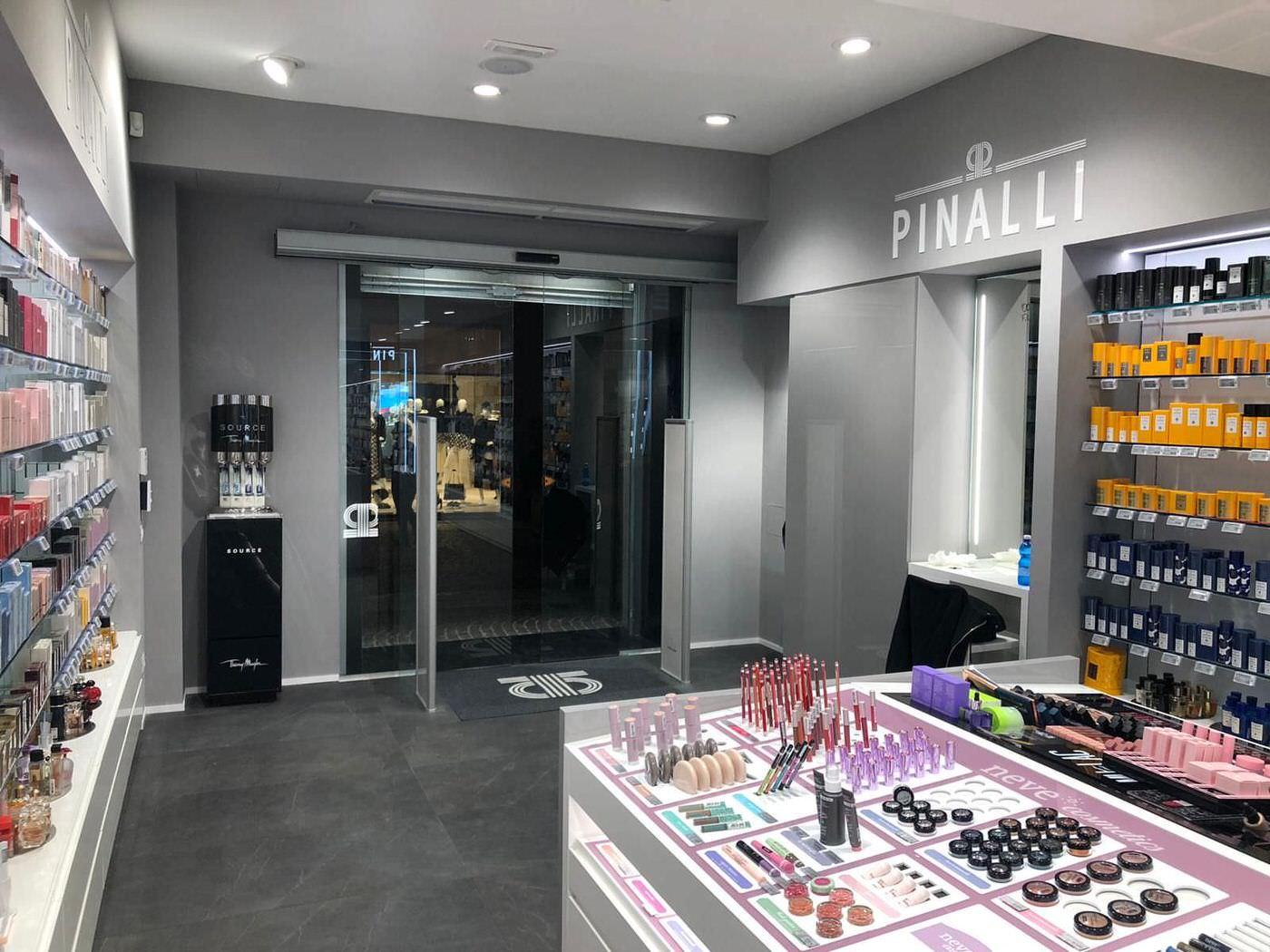 progettazione punto vendita Pinalli treviglio 5